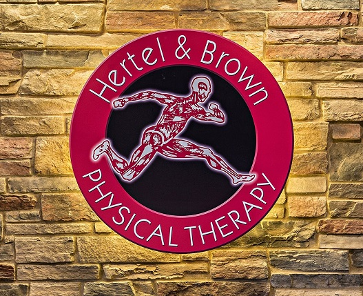 Hertel & Brown